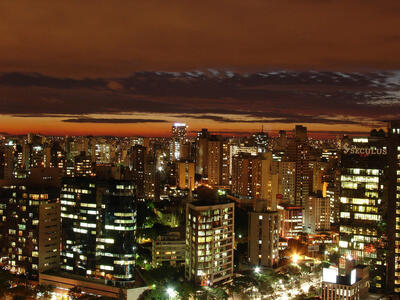 /public/news/226/belo-horizonte-night-brazil-travel-guide.jpg